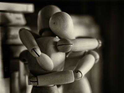 Ens manca una abraçad